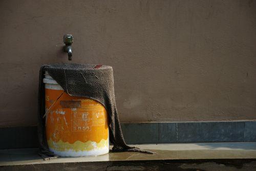 kompozicija,kompozitai,kibiras,audinys,švarus,vanduo iš čiaupo,oranžinė