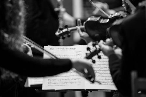 koncertas,lapo muzika,smuikai,koncertas dobrajuje obojui,carlo romano
