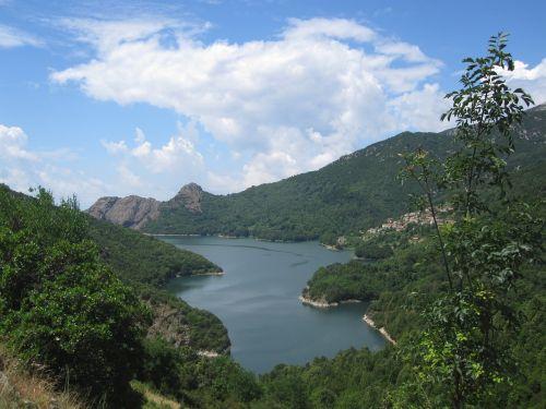 Korsika,ežeras,gamta