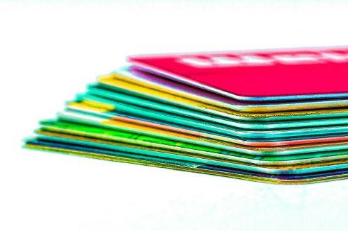 kreditinės kortelės,patikrinti korteles,ec kortelės,cashkarten,klientų kortelės,pirkimo kortelės,lustinės kortelės,telefono kortelės,išankstinio apmokėjimo kortelė,kredito kortelė,patikrinkite garantijos kortelę,ec kortelė,cashkarte,klientų kortelė,pirkinių žemėlapis,lustinė kortelė,izoliuotas,stilizuotas,Uždaryti,makro,makro nuotrauka,datailaufnahme
