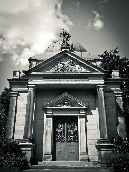 kripta,kapinės,kapas,mirtis,skulptūra,kapas,kapas,šiaurinės kapinės,Diuseldorfas,istoriškai,gedulas