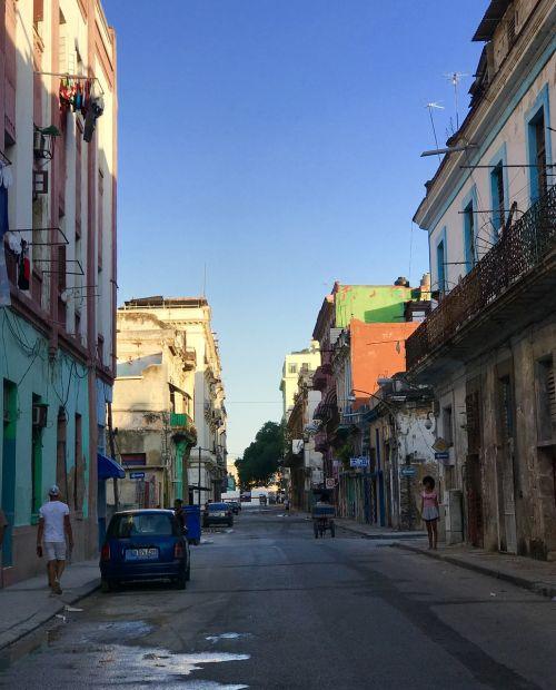 Kuba,gatves,saulėlydis