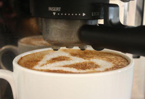 taurė, kava, rytas, espresso, cappuccino, latte, puodelis, kepsnys, kofeinas, kavinė, balta, gėrimas, pusryčiai, barista, kokoso, putos, kavos menas, latte art, širdis, meilė, šiltas, užvirinti, individualizuotas, kavos aparatas, Espresso mašina