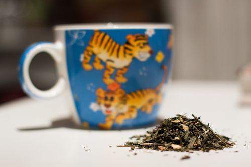 taurė,puodelis,gerti,karštas,stalas,pusryčiai,gėrimas,arbata,juoda,rytas,aromatas,arbatos puodelis,puodelis arbatos,darbo vieta