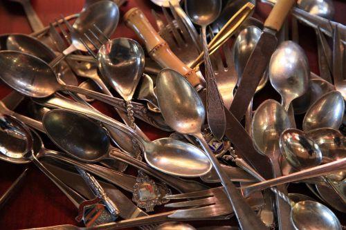 stalo įrankiai, sidabras, sidabro dirbiniai, arbatinis šaukštelis, stalo įrankiai, stalo įrankiai, Sidabrinis šaukštas, blizgantis, Senovinis, poliruotas