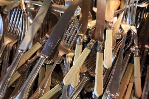 stalo įrankiai, peilis, stalo įrankiai, sidabro dirbiniai, poliruotas, sidabriniai stalo įrankiai, Senovinis, stalo įrankiai, Iš arti, šakutė