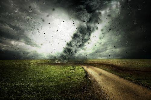 ciklonas,Persiųsti,uraganas,audra,debesys,žiemos audra,oras,atmosfera,jėga,pasukti,šlapias,tornadas,taifūnas,vėjas,sunaikinimas,lietus,gamta,sunaikintas,benamiai,liūdnas,pavojingas,žalą,debesuotumas,Gamtos jėga,nelaimė,civilinė sauga,klimato kaita,klimato apsauga,aplinkos apsauga,stichinė nelaimė,kelias,kraštovaizdis,toli,tamsi