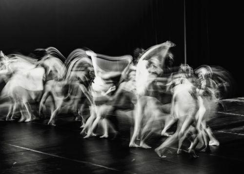 šokis,judėjimas,teatras,žmonės,sulėtintai,ilga ekspozicija,abstraktus,menas,juoda ir balta,ilga ekspozicija