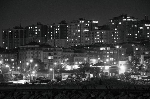 tamsus miestas,miestas,juoda ir šviesa,tamsi,miesto,naktis,naktinis miestas,miestas naktį,miesto miestas,šviesa,miesto panorama,panorama,miesto panorama,pastatas,miesto naktį,architektūra,šiuolaikiška,centro