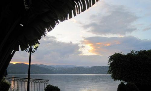 ežeras, Kivu, afrika, vanduo, rožinis, aušra, saulėtekis, ramus, medžiai, aušra ežere