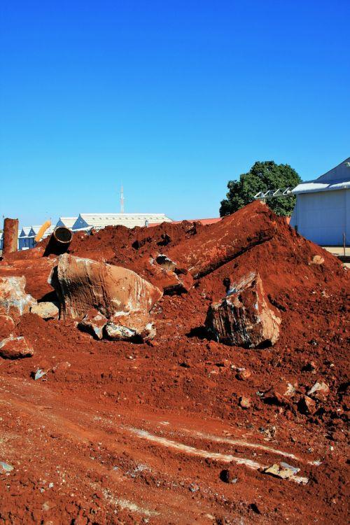 dirvožemis, žemė, piliakalnis, skiedinys, griuvėsiai, nuolaužos ir dirvožemis