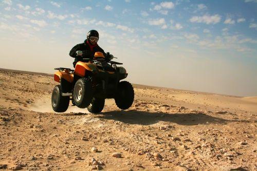 dykuma,quad,Tunisas,nuotykis,smėlis,ekstremalios,kopos,kraštovaizdis,kelionė,turizmas,off-road,Sportas,sausas,raitelis,greitis