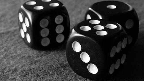 kauliukai, Kazino, tikimybė, azartinių lošimų, laisvalaikis