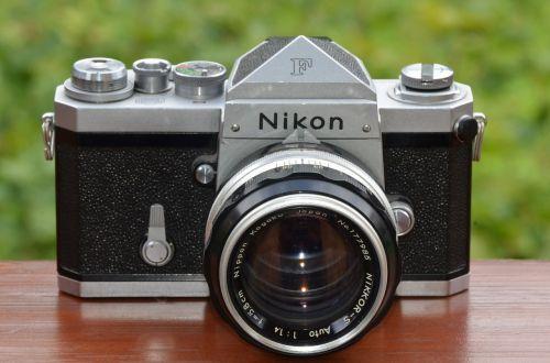 skaitmeninė kamera,fotografija,nikon,fotoaparatas,slr kamera,dslr kamera,nuotrauka