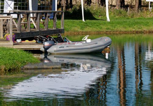 laivai,valtis,vanduo,jūrinis,laisvalaikis,ežeras,nuotykis,gamta,Sportas,poilsis,lauke,atspindys,lauko veikla,veikla,aktyvus gyvenimo būdas,linksma