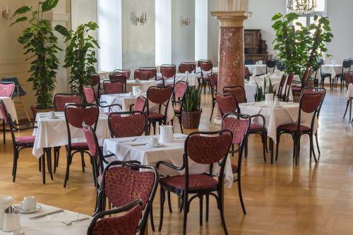 valgomasis,kėdės,stalai,restoranas,prabangus restoranas,vieta nustatymas,sėdi,pietūs