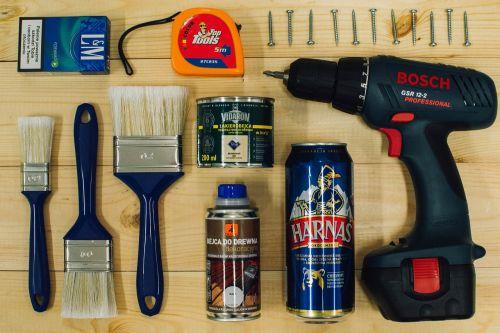 Diy,alus,žmogaus darbas,namai,renovacija,apdaila,dizainas,teptukas,dekoravimas,remontas,namas,dažymas,tobulinimas,dailininkas,dažų volelis,šepetys,namų apdaila,siena,kambarys,hobis,vyras,namų tobulinimas,tapybos namas,erdvė,įrankis,namo dailininkas,dažytos,medinis,Dažų skardinė,namų remontas,dekoratorius,Pasidaryk pats,dažų teptuku