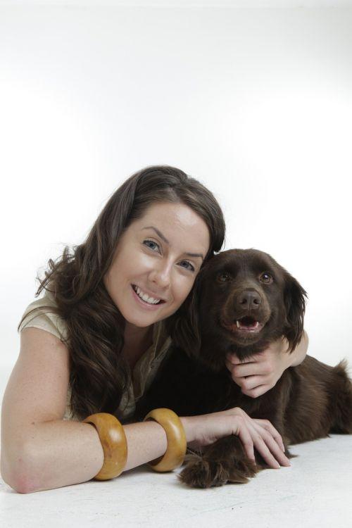 šuo,Geriausi draugai,naminis gyvūnėlis,mergaitė,graži,kartu,draugai