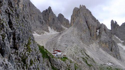 dolomitai,kalnai,Rokas,via ferrata,eksponuotos,surefootedness