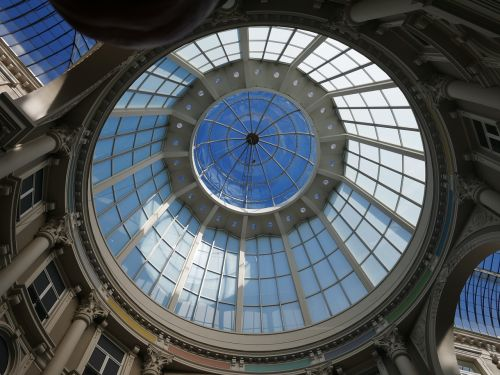 kupolas,stiklo stogas,paminklas,debesys,oras,šviesus,stiklas,debesų danga,praėjimas,stiklo kupolas,architektūra,galerija,parduotuvės,centras,Haga