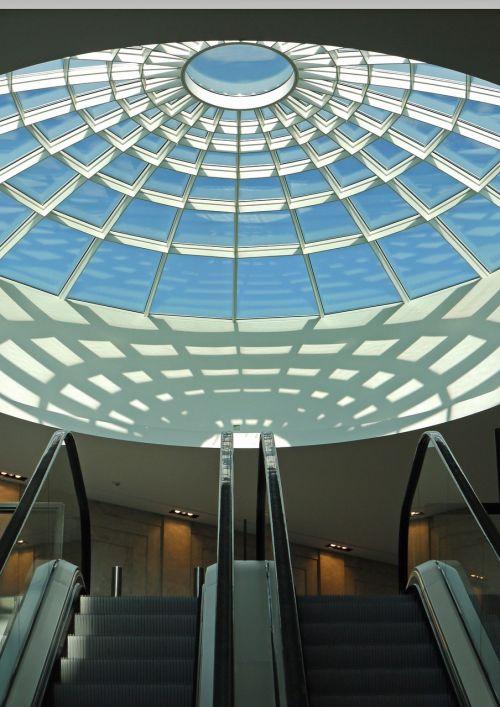 kupolinė šviesa,prekybos centras,prekybos centras,eskalatoriai,lubų apšvietimas,apsipirkimas,prekybos centras,prekybos centras,architektūra,pastatas,naujas pastatas,daugiapakopis,šešėlis,ispaniškas,simetrija,šviesa,saulės šviesa,Münster arkaden,westfalen
