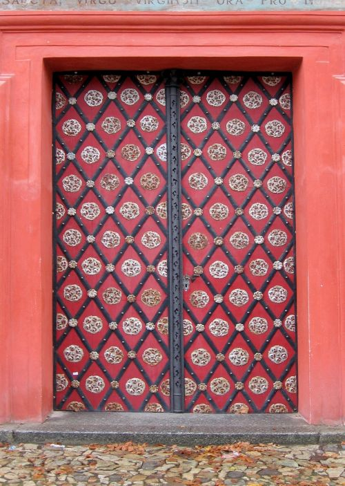 durys,tikslas,namo įėjimas,senos durys,mediena,priekinės durys,įvestis,vartai,modelis,imperija,papuoštas