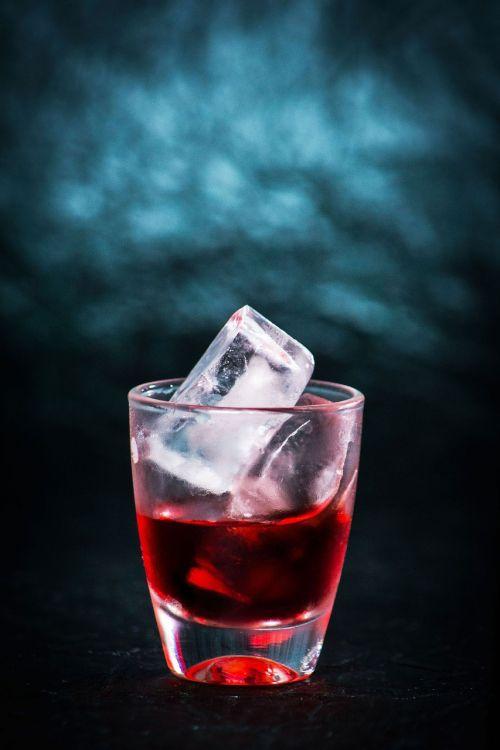 gerti,alkoholis,gėrimas,vakarėlis,kokteilis,kokteilių vakarėlis,stiklas,booze