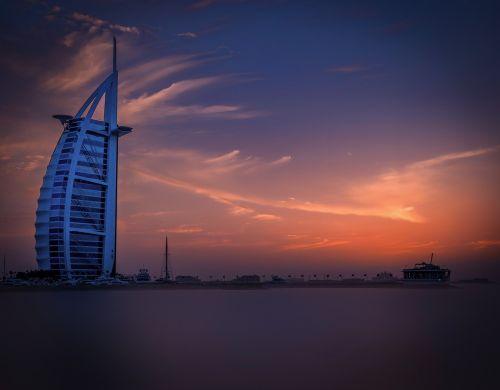 dubai,viešbutis,jūra,saulėlydis,dangus,Burj-a-arabas,modernus viešbutis,Dubajus viešbutis,šventė,architektūra