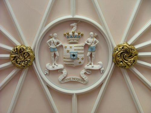 duns pilies turtas,Škotija,šeimos herbas,Vestuvės,motyvas,uk,istorija,šūkis,architektūra,iškirpti,meistriškumas,dekoruoti,dekoruoti,apdaila,dizainas,elegantiškas,dekoratyvinis,ornate,modelis,tinkas,vintage,stilius