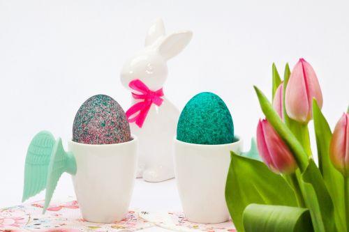 Velykos,taurė,sparnas,kiaušinių puodeliai,tulpių puokštė,tulpė,rožinis,Velyku Triusis,porcelianas,kilpa,kiaušinis,spalvos,spalvinga,Velykinis kiaušinis,Velykų dekoracijos,pagal užsakymą,maistas,hartgekocht,dažytas kiaušinis,pavasaris,apdaila,žalias,turkis,violetinė,meister lampe