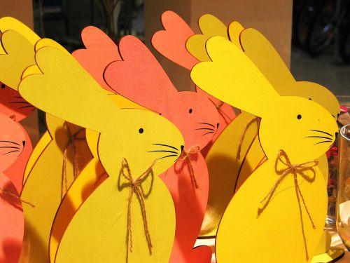 Velykos,Velyku Triusis,triušis,pavasaris,Velykų apdaila,holzfigur,skaičiai,Velykų kiaušiniai,figūra,šventė,apdaila,atostogos,geltona,oranžinė,spalvingi zuikiai,šviesus,Velykų lizdas,deko,spalva,spalvinga,dažymas,linksmų Velykų,dekoratyvinis,Velykinis sveikinimas,Velykų dekoracijos