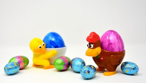 Velykinis kiaušinis, viščiukai, vištiena, kiaušinių puodeliai, juokinga, spalvinga, pavasaris, Velykos, spalva, dažymas, Velykos tema, Velykinis sveikinimas, Velykų sveikinimai, atvirukas, Velykų apdaila, mielas, spalvos, linksmų Velykų, figūra, spalvoti kiaušiniai, dažyti lengvi kiaušiniai, spalvingi kiaušiniai, Velykų kiaušiniai, virti kiaušiniai, dažyti kiaušiniai, be honoraro mokesčio