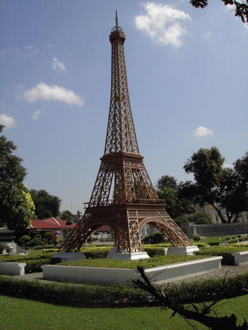 Eifelio bokštas,miniatiūrinė,Tailandas,verta aplankyti,architektūra,parkas,pastatas,lankytinos vietos,sodas