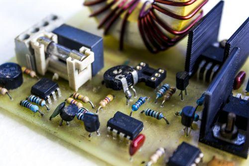 elektrikai,grandinė,Laisvas,elektromechaninis,diferencialas,elektronika,skirtukas,relė,Toras