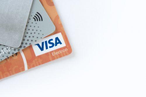elektroniniai mokėjimai,banko kortelės,e-komercija,plastikinės kortelės,pinigai,finansai,debetine kortele,elektroninis mokėjimas,kredito kortelė,investuoti,plastikinė kortelė,kreditai,sumokėti,taupymas,pajamos,mokėjimas,prekyba,mastercard,verslas,viza,bankas,bankininkystė,kortelė,debetas,apsipirkimas,komercija,plastmasinis