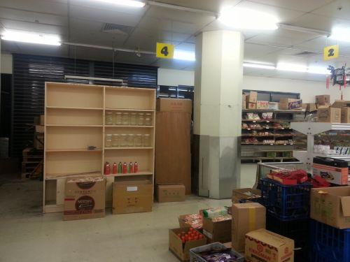 kinai, lentynos, tuščia, tuščia parduotuvė