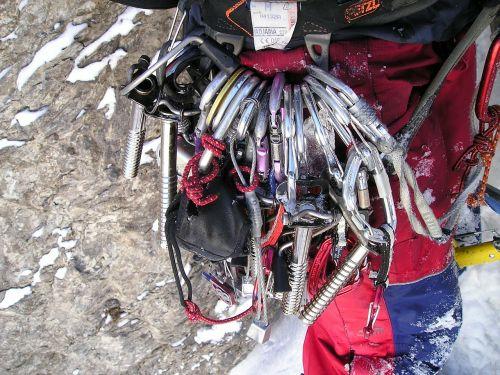 įranga,ledo apsauga,karbidas,pakabos,mobili apsauga,draugai,quickdraw,ledo laipiojimas,alpinizmas,bergsport,Alpių,lipti
