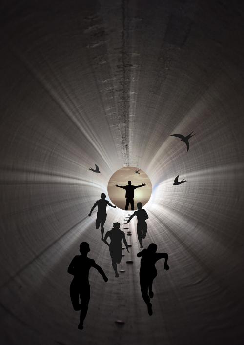Pabegti,lenktynės,laisvė,viltis,tunelio galas,išlaisvinimas
