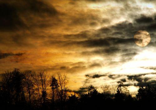 vakaras,keista,mistinis,debesys