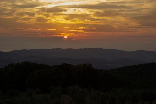 vakarinis dangus,italy,Toskana,saulėlydis,abendstimmung,dangus,afterglow,saulė,romantiškas,twilight,kraštovaizdis,vasara,atgal šviesa,dramatiškas dangus