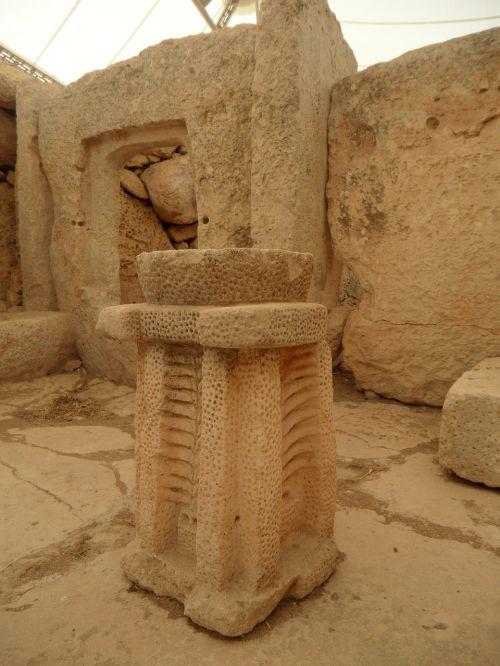 kasimas,archeologija,aukšta kultūra,kultūra,šventykla,senas,akmuo,kalkakmenis,Mnajdra,malta