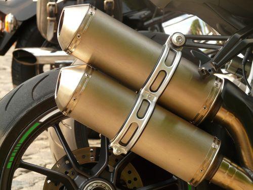 išmetimas,išmetimo vamzdžiai,motociklas,metalas