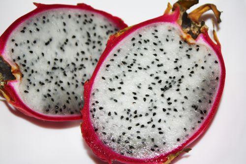 egzotiniai vaisiai,pitaya,drakonas,pitahaya,atogrąžų,šviežias,asian,kivi,vitaminas,genties hylocereus,balta kūnas,juodos sėklos,rožinė žievelė