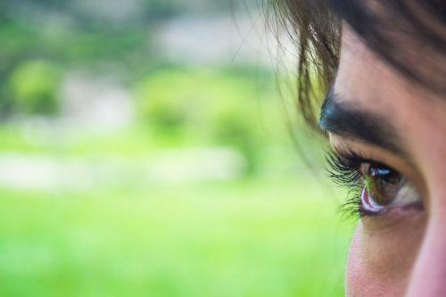 akis,purkšti,vaikščioti