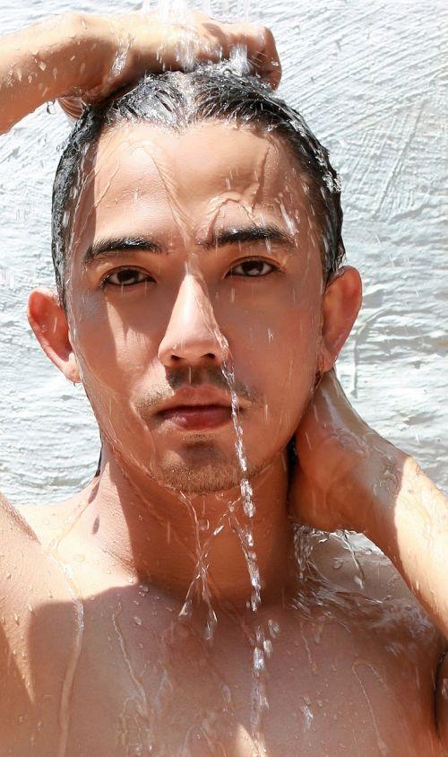 veidas,asmuo,vaikinas,dušas