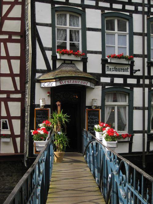 fachwerkhaus,romantika,Monschau