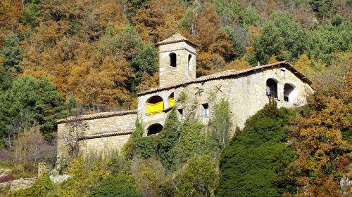 sodyba,katalonų,bažnyčia,statyba,kaimas,architektūra,perspektyva,šventykla,senas,bokštas,fasadas,varpinė,religija,struktūra