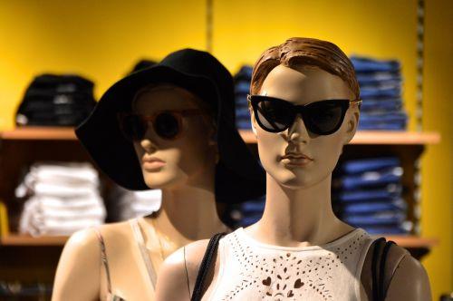 mada,apranga,aukštoji mada,skaičiai,lėlės,rodyti manekeną,dizainas,interjeras,sąranka,įrenginiai,grožis,parduotuvių įrengimas,parduotuvės dizainas