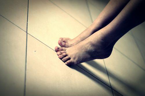pėdos,pirštas,Žmogaus kūnas,dirvožemis,kūnas,ant viršūnės