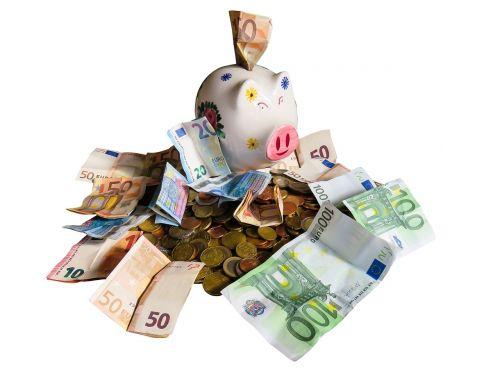 finansai,pinigai,sutaupyti,pinigai ir pinigų ekvivalentai,kapitalo rinka,valiuta,ekonomika,verslas,kiaulė taupyklė,euras,šventė,čekis,norai,sėkmė,sėkmingas,pelnas,finansų pasaulis,apsipirkimas,izoliuotas,finansavimas